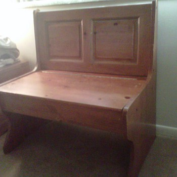 Old fashioned school bench ? - Furniture