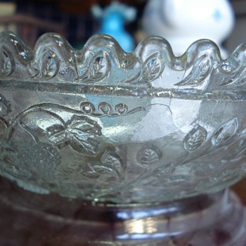 Early pressed glass bowl autum fruits
