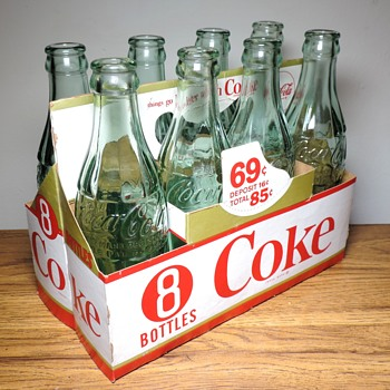1940's Coke Coca Cola 8 Pack Soda Bottles New York Buffalo Niagra Falls Vintage Advertising D-Patent Cardboard Carrier - Bottles