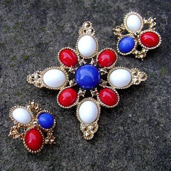 Sarah Coventry Brooch Set - Americana - Costume Jewelry