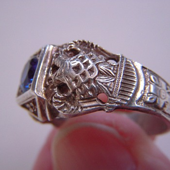 Masonic Ring? Beautiful relief w/Symbols~set with genuine Blue Spinel - Fine Jewelry
