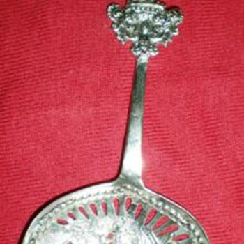 "My ""new"" antique Tea strain spoon, silver, commemorating what?  - Silver"