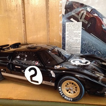 "1966 Ford GT 40 won Le Mans 24 back in 1966 exoto model 1:10 scale. 17"" long. - Model Cars"