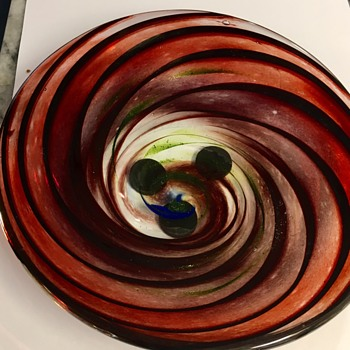 ART GLASS Can you decipher signature? - Art Glass