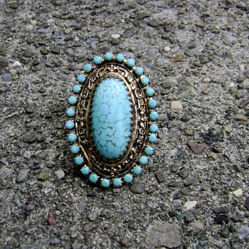 Vintage Dress Clip / Brooch - Costume Jewelry