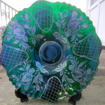 Large Green and other colours plate, a wall sized charger size, with silver decoration on front and an interesting back - Art Glass
