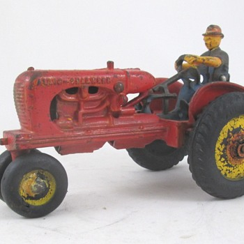 Arcade Allis Chalmers Toy Tractor - Model Cars