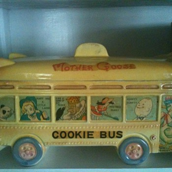 Mother Goose & Friends Cookie Jar Bus - Kitchen