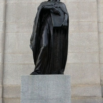 Supreme Court Statues  - Photographs