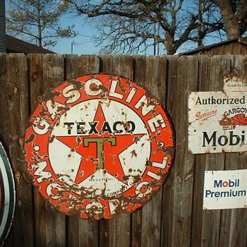 Texaco sign - Signs
