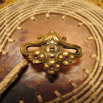Cool but broke Art Nouveau Watch Pin - Costume Jewelry