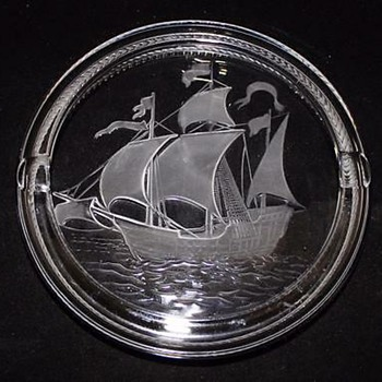 Lalique Crystal Santa Maria Sailing Ship Ashtray - Tobacciana