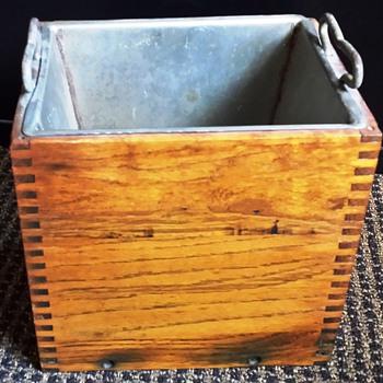 Oak Wooden 6 Volt Automobile Battery Holder