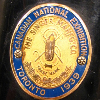 """Canadian National Exhibition"" (CNE) Toronto - 1939 Singer 15-91 - Advertising"