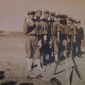 Old photo of  some baseball players - Photographs