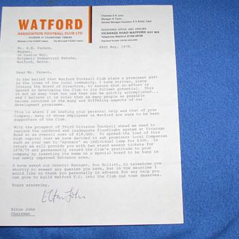 Original 1978 ELTON JOHN HAND SIGNED LETTER - Paper