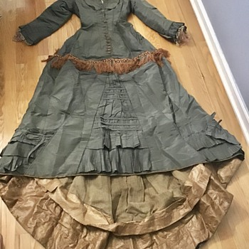 Antique Bustle dress - Womens Clothing