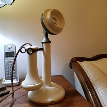 WHITE Kellogg Grabaphone Candlestick Telephone - Telephones
