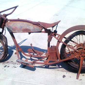 1925 Indian Chief  - Motorcycles