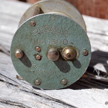Abu Record 1300 - Fishing