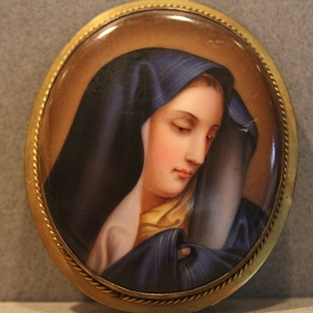 19th Hand Painted Brooch of Mother Mary - Fine Jewelry