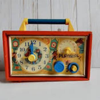 Playskool  musical clock radio 1964? - Toys