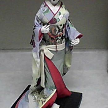 NISHI JAPANESE DOLL 1 - Dolls