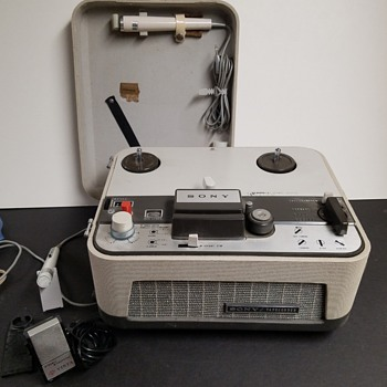 SONY TC - 102A  Tapecorder & Reels - Electronics