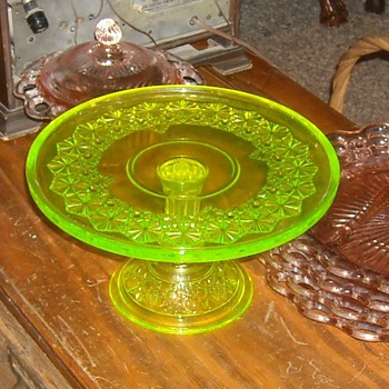 Vaseline Glass Cake Stand Daisy and Buttons Pattern - Glassware