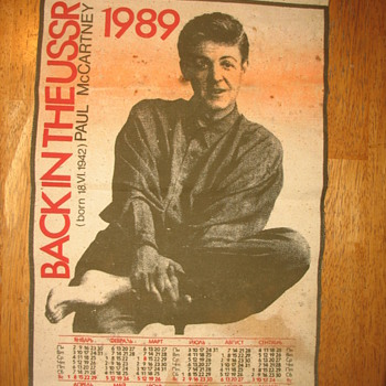 beatles.  back in the ussr calender paul mccartney in russian - Music Memorabilia