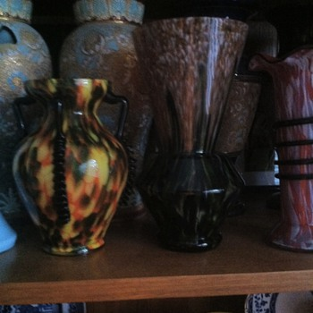 A gorgeous 4 handled Spatter Vase - Art Glass