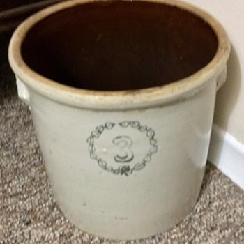 Vintage jar - China and Dinnerware