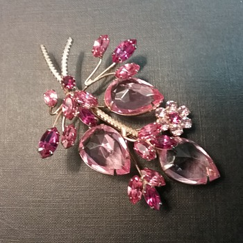 Vendome by Coro brooch  - Costume Jewelry