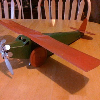 Old 30's toy airplane.   - Toys