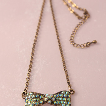 Rhinestone bow necklace - Costume Jewelry