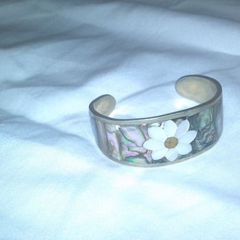 """vintage """"hecho en mexico"""" silver with mother of pearl inlay bracelet - Fine Jewelry"""
