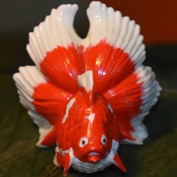 Porcelain Goldfish - fancy one - Asian
