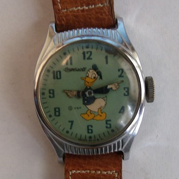 1947 Ingersoll Donald Duck Wrist Watch...Round Variant - Wristwatches