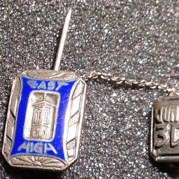 1930 East High School pin  - Fine Jewelry