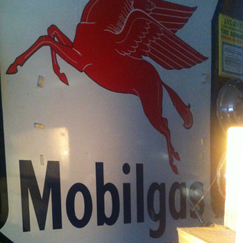 Mobilgas Socony-Vacuum sign - Signs