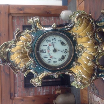 Large Gilbert mantle porcelain mantle clock