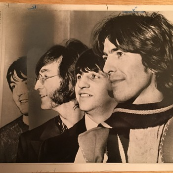 Beatles break up news photo-April 10, 1970 - Music Memorabilia