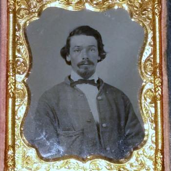 Confederate solider - Photographs