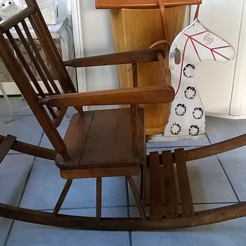 Part II   My 76 Cent Childu0027s Vintage Wooden Rocking Horse Chair