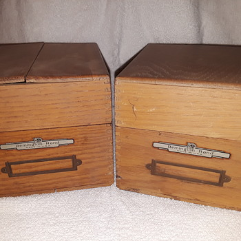 pair of old REMINGTON-RAND wood card file boxes - Furniture