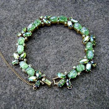 Trifari Etoile bracelet - Costume Jewelry
