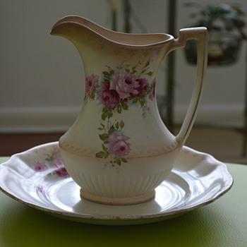 Blush ivory jug and plate - Pottery