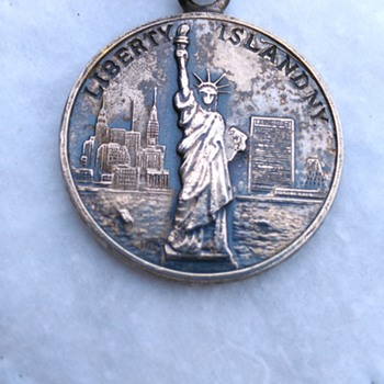 Vintage Liberty Island NY Silver Medallion Pendant - Fine Jewelry