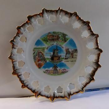 Holland, Michigan, Souvenir Plate - China and Dinnerware