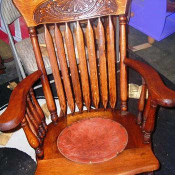 """Update on my """"found"""" wooden rocking chair"""